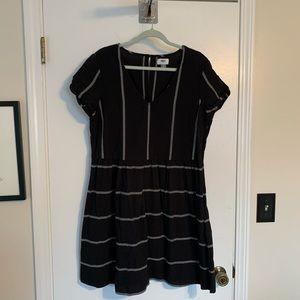 Old Navy Black White embroidered boho dress